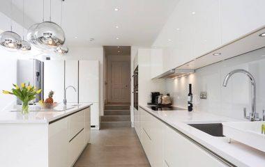 Thiết kế phòng bếp là không gian phòng mà mỗi gia đình đều có, là nơi mang lại nguồn cảm hứng, sự tiện nghi cho chị em phụ nữ thể hiện tài năng của mình. Thiết kế nội thất phòng bếp hiện đại, hợp phong thuỷ sẽ giúp gia chủ có được những may mắn […]