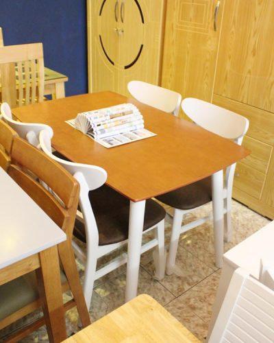 Bộ bàn ăn 4 ghế gỗ tự nhiên GHT-413