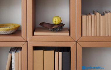 Có lẽ loại kệ giày có kiểu dáng đơn giản và dễ làm nhất là kệ nhiều tầng hình chữ nhật. Vì vậy bài viết này sẽ hướng dẫn bạn cách làm kệ giày bằng giấy carton. Ngoài ra, bạn có thể ghé thăm nội thất go Home và tham khảo các mẫu tủ đa […]