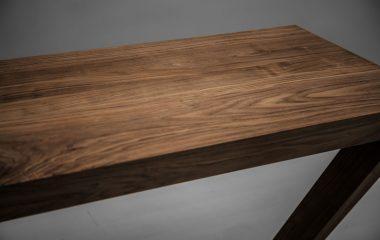 Gỗ óc chó là loại gỗ có giá trị cao trên thị trường gỗ nói chung và lĩnh vực nội thất gỗ nói riêng. Đây là một loại gỗ không có nhiều ở Việt Nam, thậm chí hầu như phải nhập khẩu từ nước ngoài, có thể bạn chưa biết gỗ óc chó đã được […]