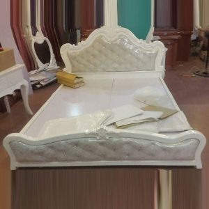 Giường ngủ đẹp gỗ MDF phong cách cổ điển GHT-914