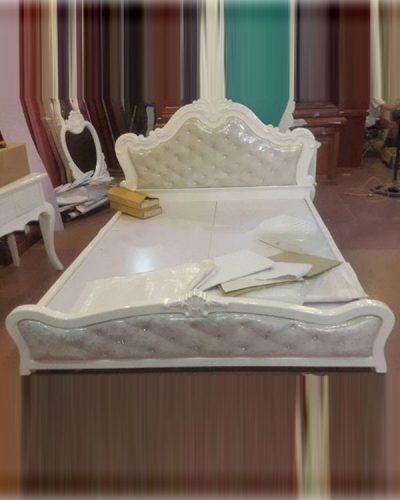 Giường ngủ gỗ MDF phong cách cổ điển GHT-914