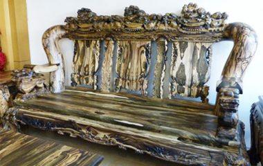 Gỗ mun là một loại gỗ có giá tiền rất cao trên thị trường. Loại gỗ này thuộc nhóm một và là có nét đặc thù khác hẳn với những loại gỗ khác hiện nay do có màu đen đặc trưng. Gỗ mun có nhiều mẫu khác nhau như gỗ mun sừng, gỗ mun đen, […]