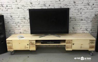 Kệ tivi không chỉ là đồ nội thất dùng để đặt tivi trong phòng khách, mà ns cùng với bộ bàn ghế sofa tạo thành điểm nhấn trang trí cho căn phòng đẹp và độc đáo hơn rất nhiều. Vì vậy bạn hãy tìm mua cho phòng khách nhà mình một chiếc tủ tivi gỗ […]