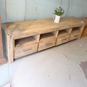 Kệ tivi phòng khách gỗ tự nhiên trang nhã GHT-301