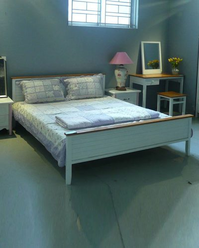 Mẫu giường ngủ đẹp đơn giản gỗ tự nhiên GHT-910