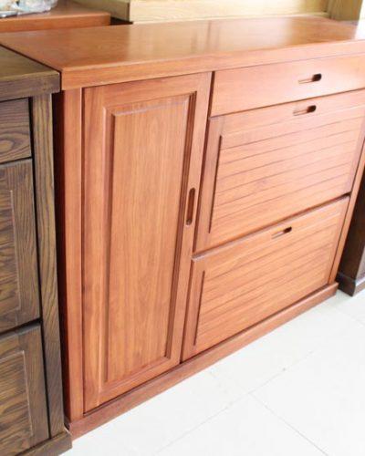 Tủ giày gỗ tự nhiên thiết kế tinh tế hiện đại GHT-533