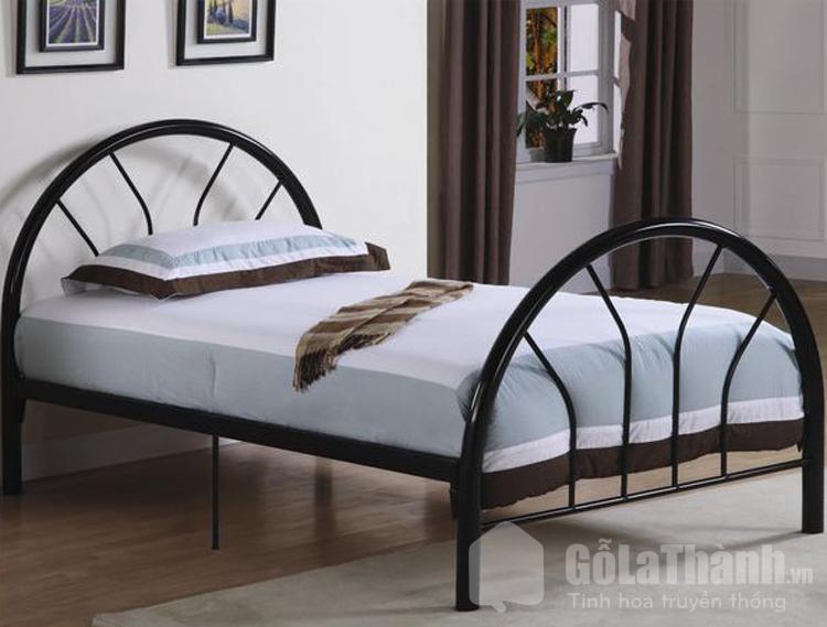 giường sắt thiết kế thành vòng cung