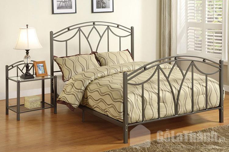 Giường ngủ 2 người bằng sắt