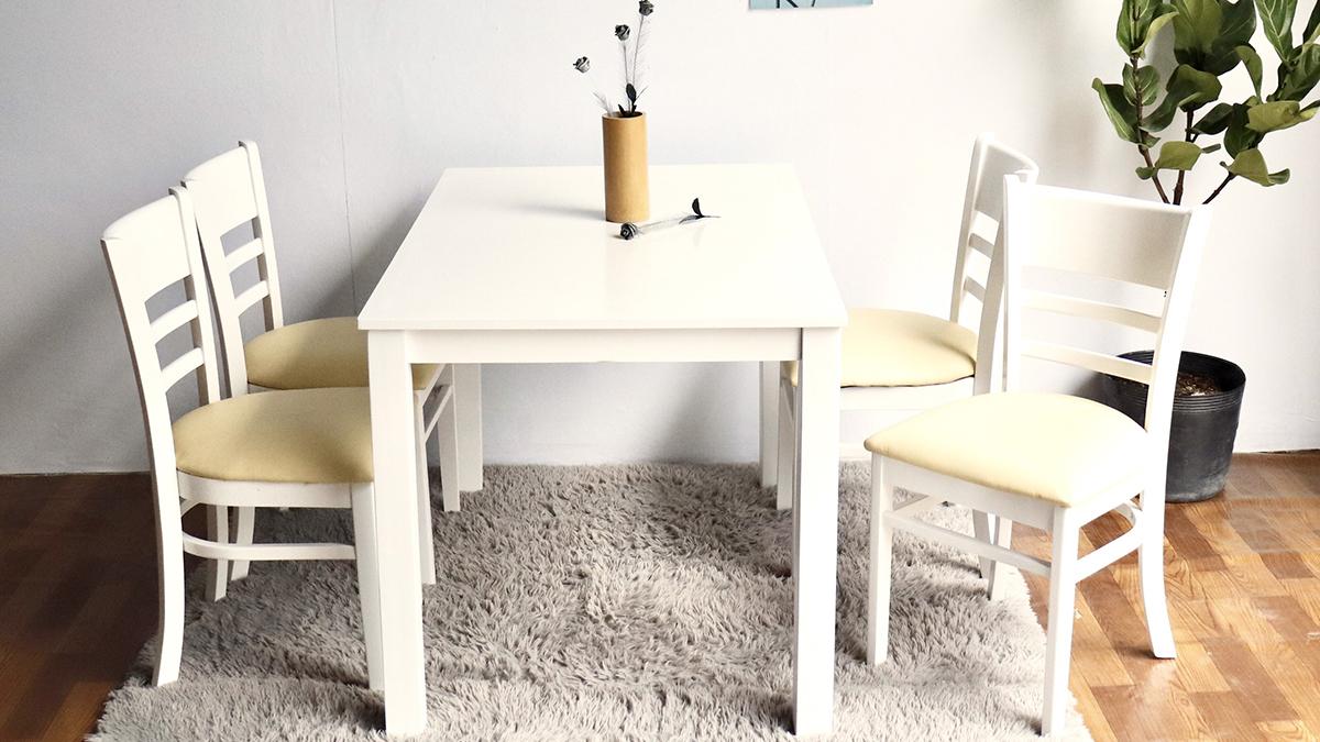 Nên hay không nên chọn bàn ăn màu trắng cho gian bếp?