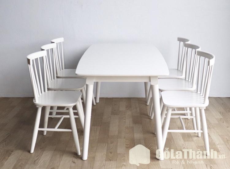 thiết kế cổ điển màu trắng