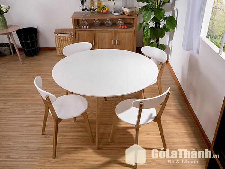bàn tròn 4 ghế trắng