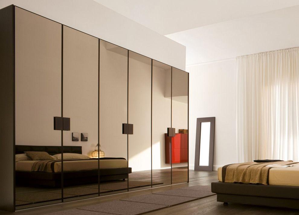 Cách chọn tủ quần áo gỗ dành cho phòng ngủ gia đình