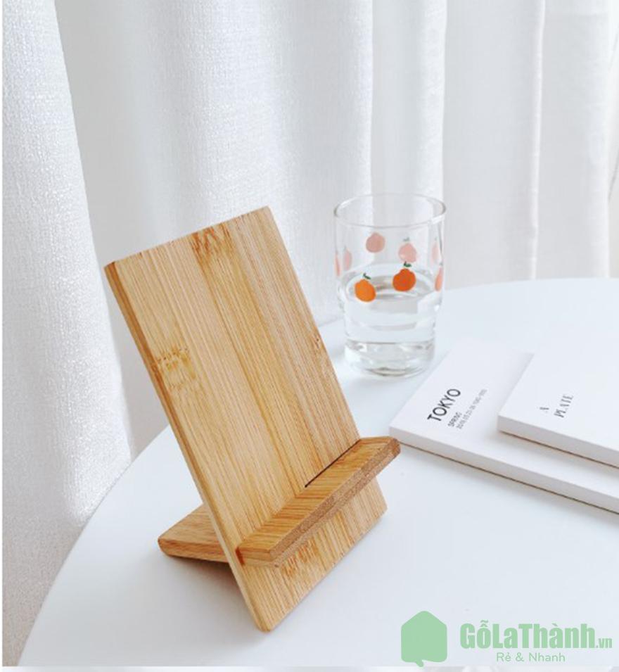 Giá đỡ điện thoại bằng gỗ thiết kế đơn giản GHT-901