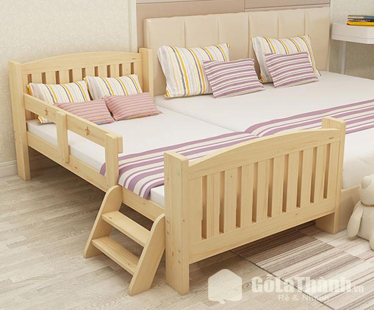thiết kế có thang giúp bé léo lên giường dễ dàng