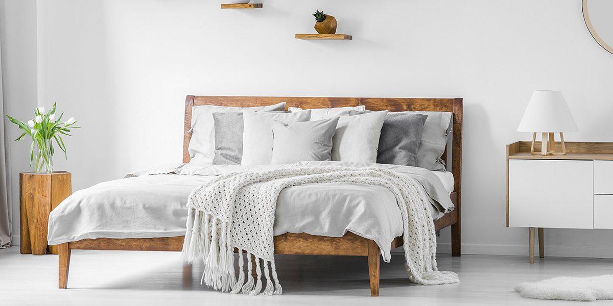 Kinh nghiệm mua giường gỗ giá rẻ ai cũng nên biết
