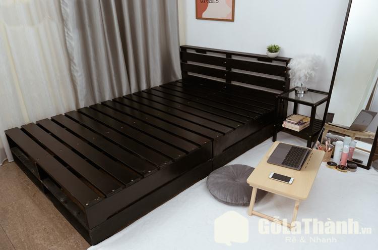giường ngủ màu đen kiểu giường pallet