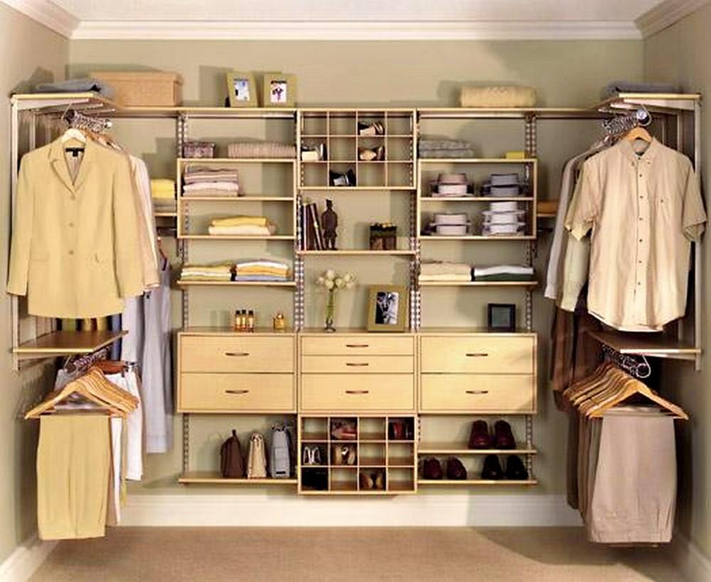 Thiết kế tủ quần áo gỗ âm tường dành cho phòng ngủ